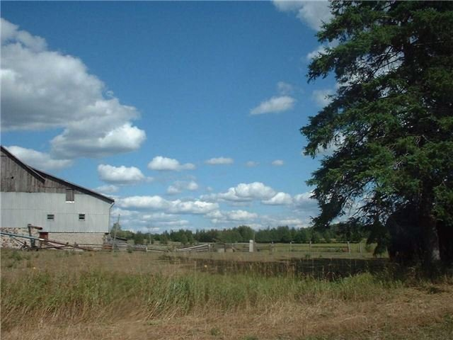 Detached at 277 6th Line Rd, Douro-Dummer, Ontario. Image 4