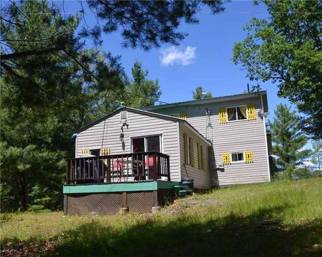Cottage at 1 Island 1, Havelock-Belmont-Methuen, Ontario. Image 17