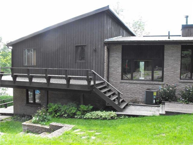 Detached at 841 Rideauwood Lane, Leeds & the Thousand Island, Ontario. Image 12
