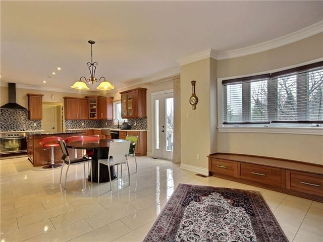 Detached at 100 Issam Private, Ottawa, Ontario. Image 16