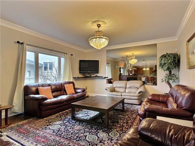 Detached at 100 Issam Private, Ottawa, Ontario. Image 20