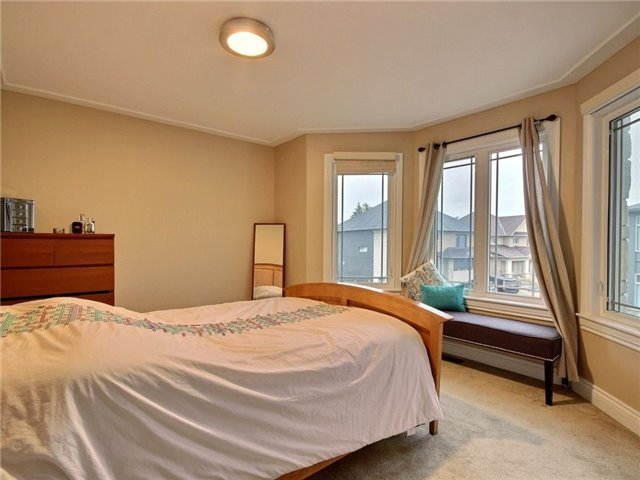 Detached at 100 Issam Private, Ottawa, Ontario. Image 11