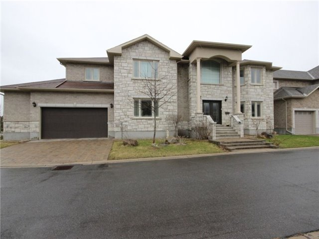 Detached at 100 Issam Private, Ottawa, Ontario. Image 13