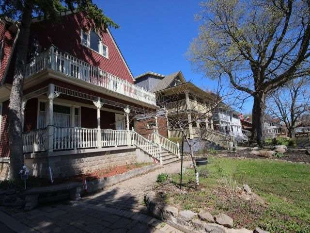 Detached at 5227 River Rd, Niagara Falls, Ontario. Image 12
