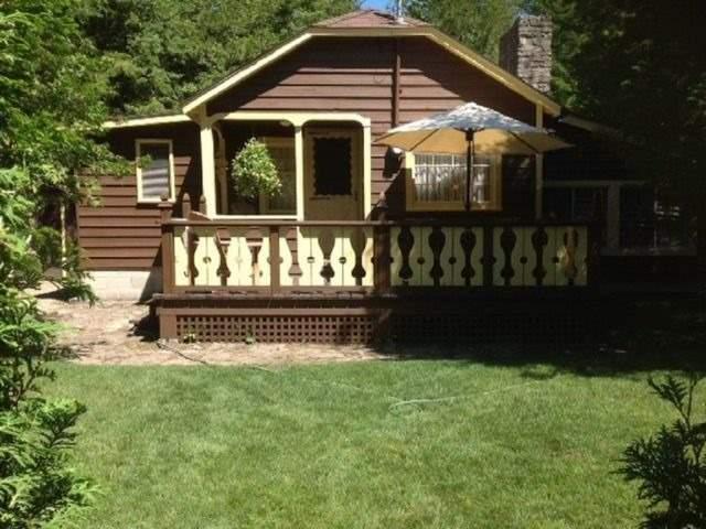 Cottage at 8 Burgess Rd, Northern Bruce Peninsula, Ontario. Image 1