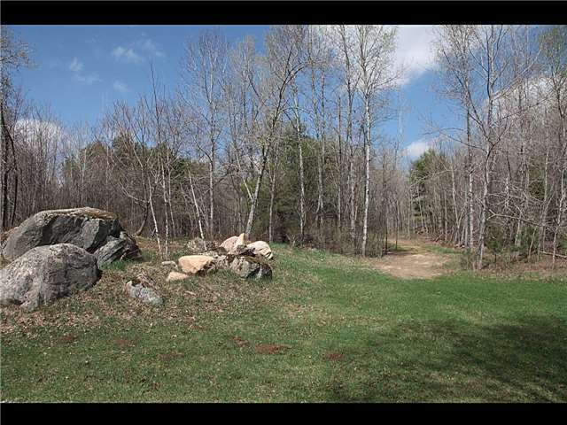 Detached at 9 Beachli Lane, Kawartha Lakes, Ontario. Image 2
