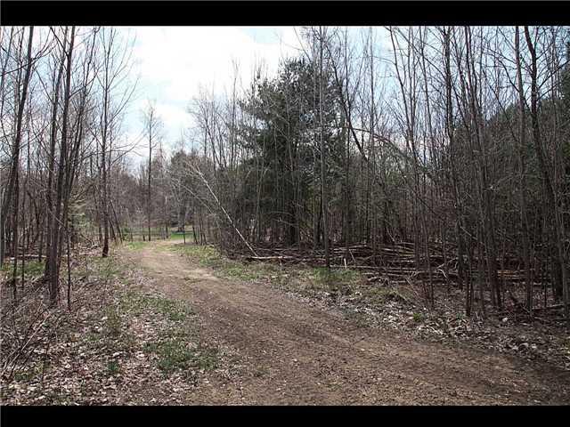 Detached at 9 Beachli Lane, Kawartha Lakes, Ontario. Image 6