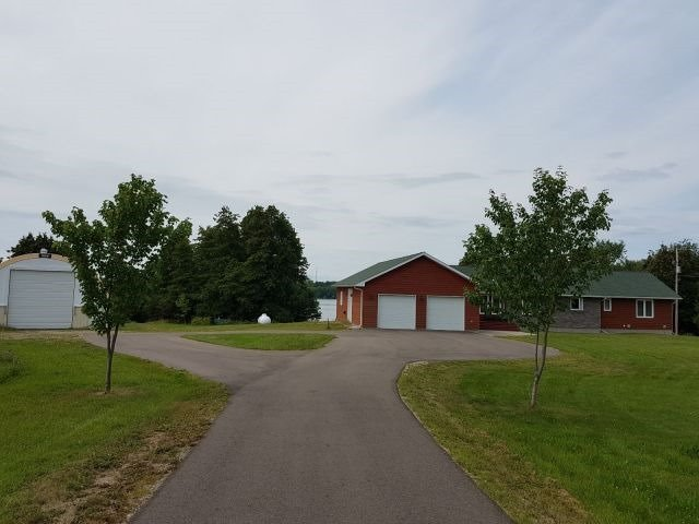 Detached at 155 Cedar Haven Rd, Whitewater Region, Ontario. Image 13