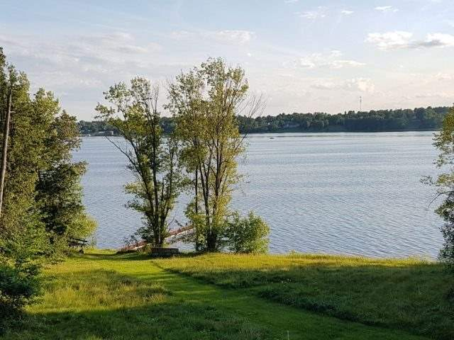 Detached at 155 Cedar Haven Rd, Whitewater Region, Ontario. Image 12