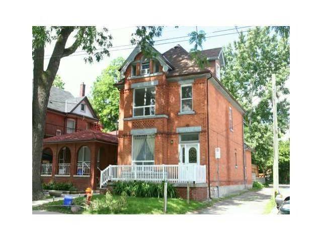 Detached at 108 Fairleigh Ave S, Hamilton, Ontario. Image 1