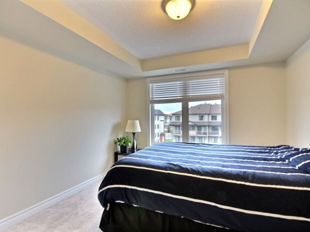 Condo Apartment at 185 Bluestone Private, Unit 8, Ottawa, Ontario. Image 6