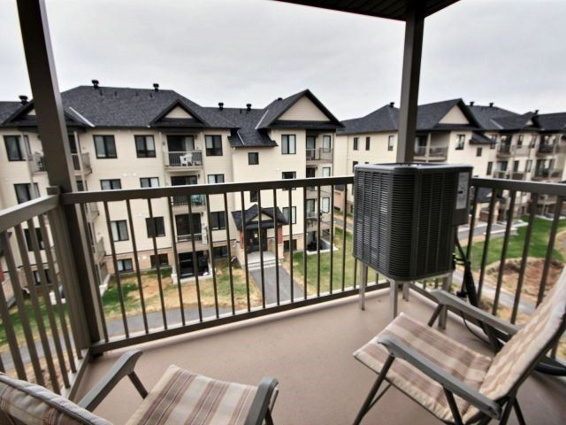 Condo Apartment at 185 Bluestone Private, Unit 8, Ottawa, Ontario. Image 9