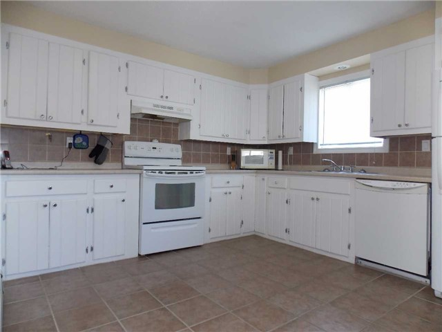 Detached at 285 Balsam St N, Timmins, Ontario. Image 3
