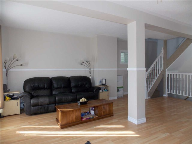 Detached at 285 Balsam St N, Timmins, Ontario. Image 4
