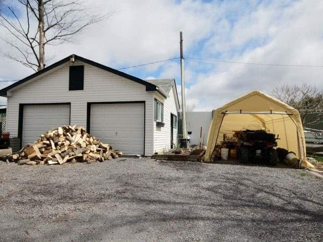 Detached at 1475 Concession 1, Alfred & Plantagenet, Ontario. Image 10