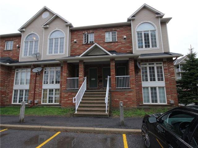 Condo Townhouse at 1512 Walkley Rd, Unit 50, Ottawa, Ontario. Image 1