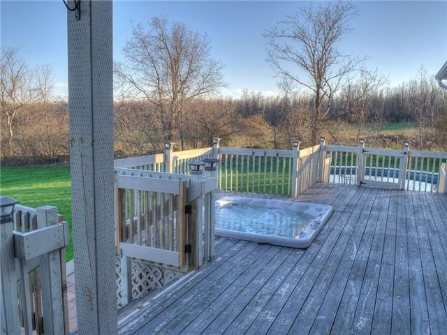 Detached at 6812 Lalonde Blvd, South Glengarry, Ontario. Image 2