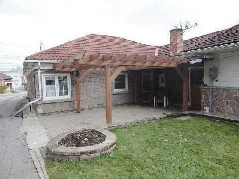 Detached at 328 Metcalf St, Tweed, Ontario. Image 2
