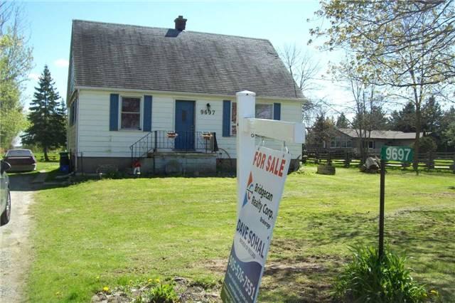 Detached at 9697 Dickenson Rd W, Hamilton, Ontario. Image 7