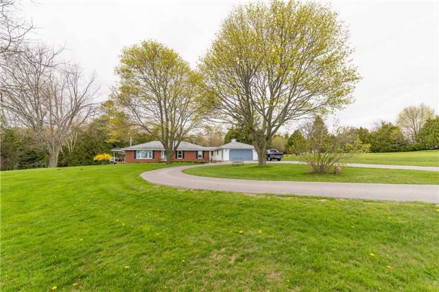 Detached at 5766 Lakeshore Rd, Port Hope, Ontario. Image 1