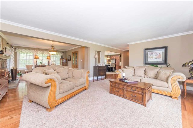 Detached at 5766 Lakeshore Rd, Port Hope, Ontario. Image 15