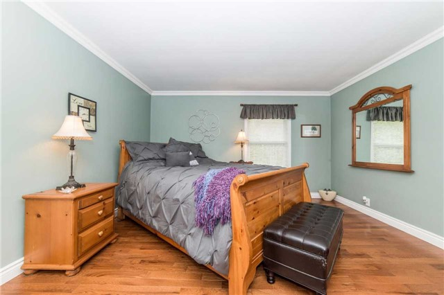 Detached at 5766 Lakeshore Rd, Port Hope, Ontario. Image 20