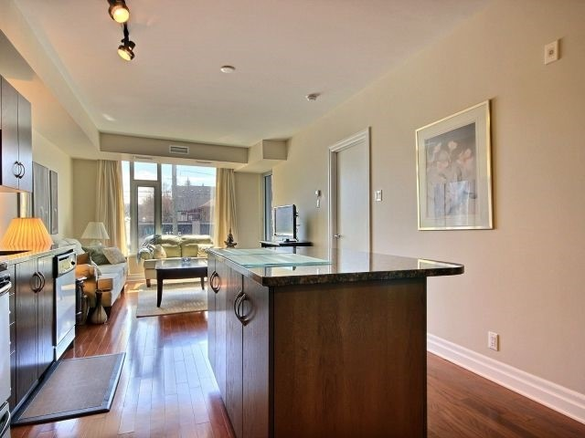 Condo Apartment at 1433 Wellington St W, Unit 206, Ottawa, Ontario. Image 17