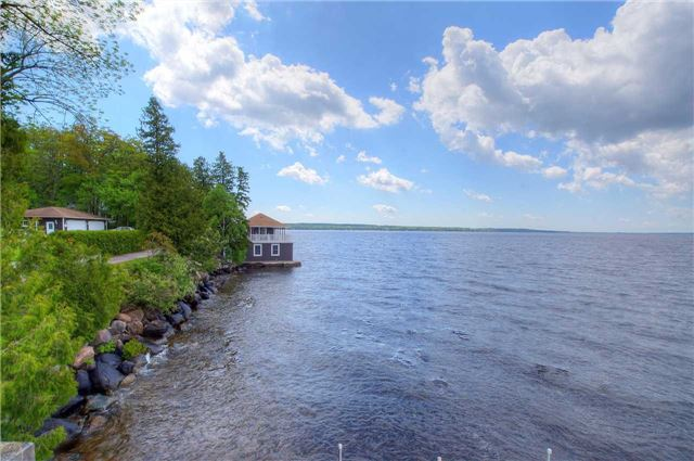 Detached at 89 Forest Rd, Kawartha Lakes, Ontario. Image 14