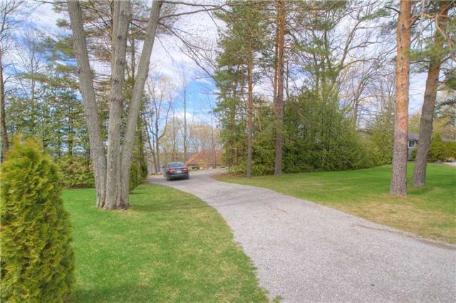 Detached at 89 Forest Rd, Kawartha Lakes, Ontario. Image 17