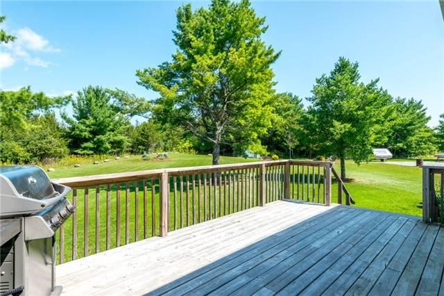 Detached at 98 County Rd 49, Kawartha Lakes, Ontario. Image 11