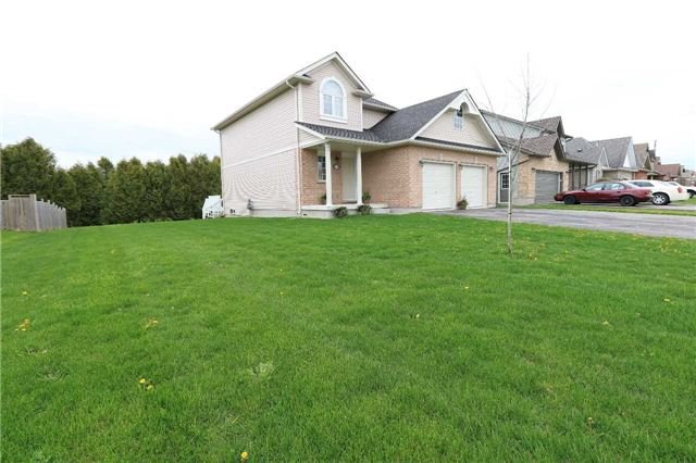Detached at 235 Sheffield St, Southgate, Ontario. Image 10