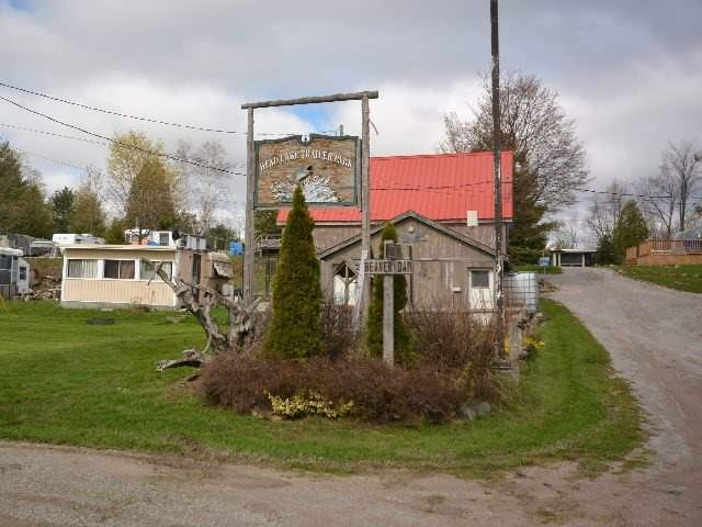 Detached at 2412 Monck Rd, Kawartha Lakes, Ontario. Image 12