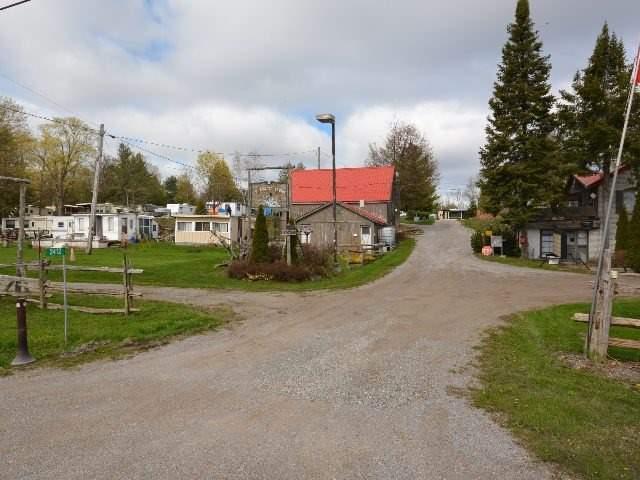 Detached at 2412 Monck Rd, Kawartha Lakes, Ontario. Image 14