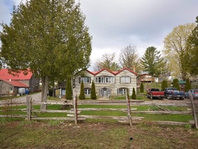 Detached at 2412 Monck Rd, Kawartha Lakes, Ontario. Image 19