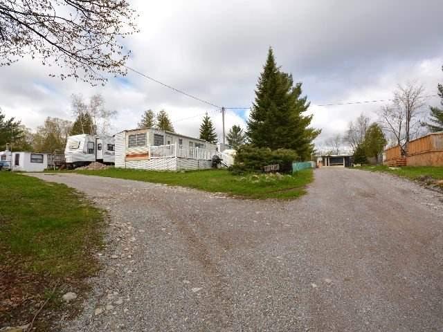 Detached at 2412 Monck Rd, Kawartha Lakes, Ontario. Image 4