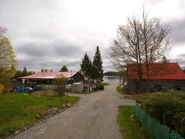 Detached at 2412 Monck Rd, Kawartha Lakes, Ontario. Image 9