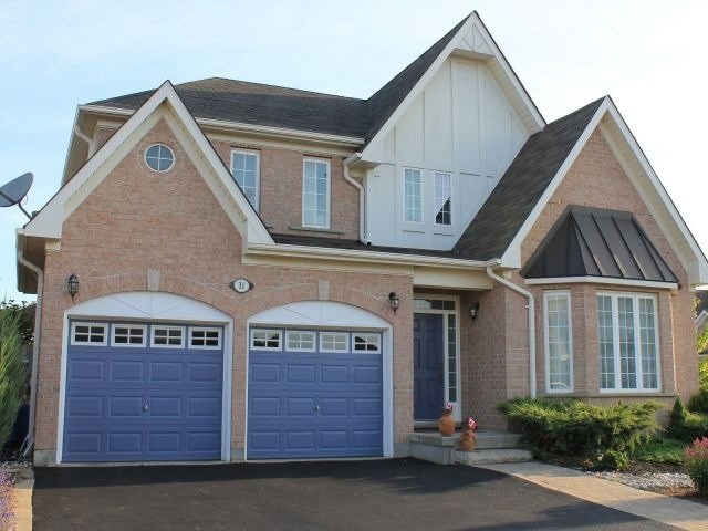 Detached at 31 Mossgrove Dr, Kitchener, Ontario. Image 13