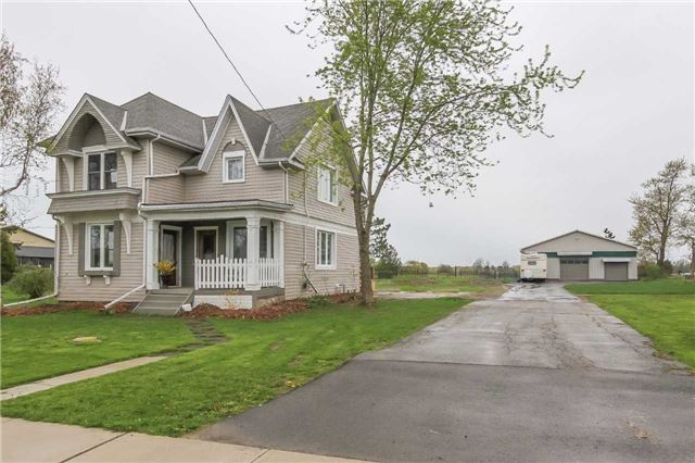Detached at 18-20 Erie Ave S, Haldimand, Ontario. Image 12