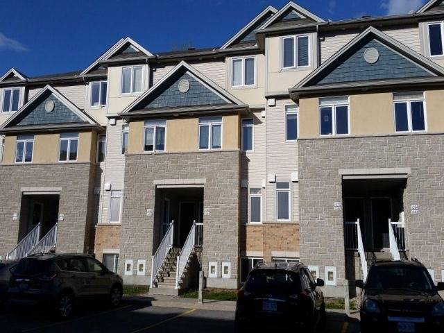 Condo Townhouse at 1082 Redtail Private, Ottawa, Ontario. Image 1