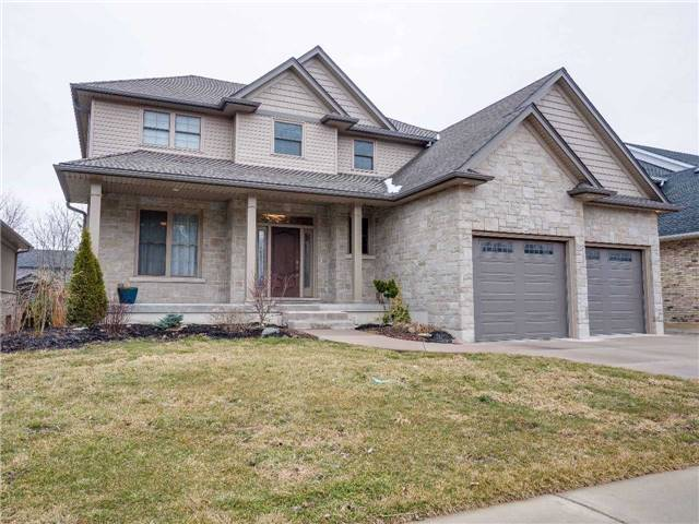 Detached at 640 Lakeview Dr, Woodstock, Ontario. Image 1