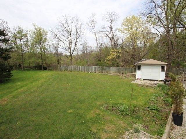 Detached at 3 Springdale Dr, Kitchener, Ontario. Image 16