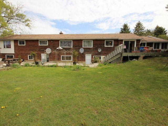 Detached at 3 Springdale Dr, Kitchener, Ontario. Image 19