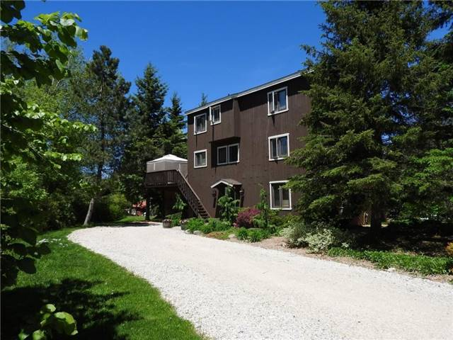 Detached at 119 Scandia Lane, Blue Mountains, Ontario. Image 1