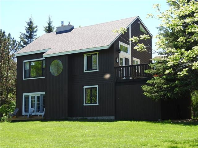 Detached at 119 Scandia Lane, Blue Mountains, Ontario. Image 15