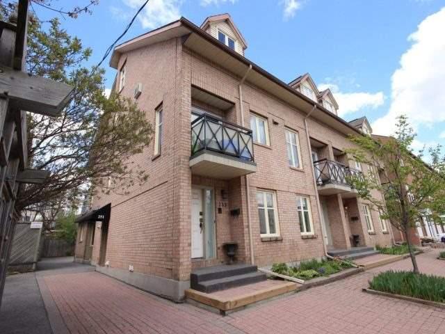 Condo Townhouse at 251 Cathcart St, Ottawa, Ontario. Image 1