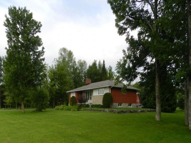 Detached at 2187 Route 400 W, Nation, Ontario. Image 4