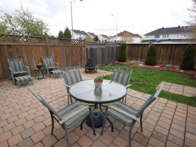Townhouse at 1502 Tonilee Dr, Ottawa, Ontario. Image 12
