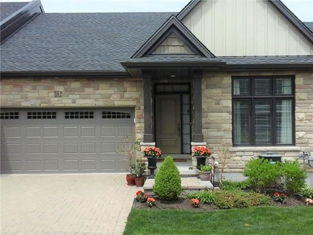 Condo Townhouse at 34 Hillside Dr, Niagara-on-the-Lake, Ontario. Image 2