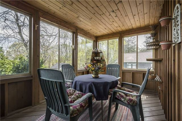 Detached at 224 County Rd 22 Rd, Prince Edward County, Ontario. Image 6
