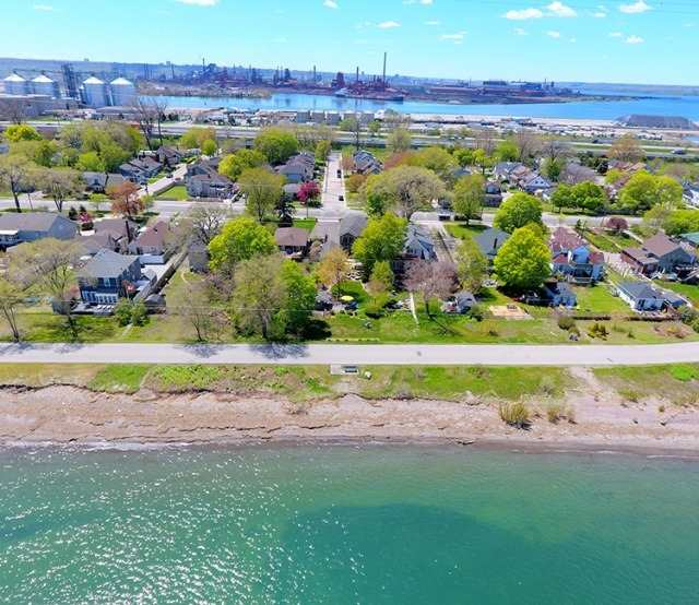 Detached at 621 Beach Blvd, Hamilton, Ontario. Image 13